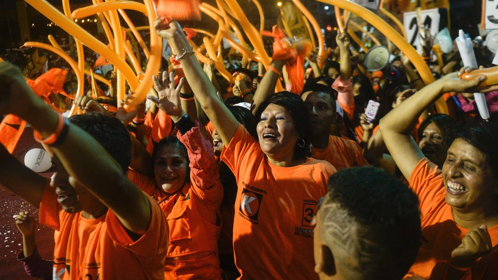 Supporters of Keiko Fujimori participate in a rally in Lima on March 31, 2016