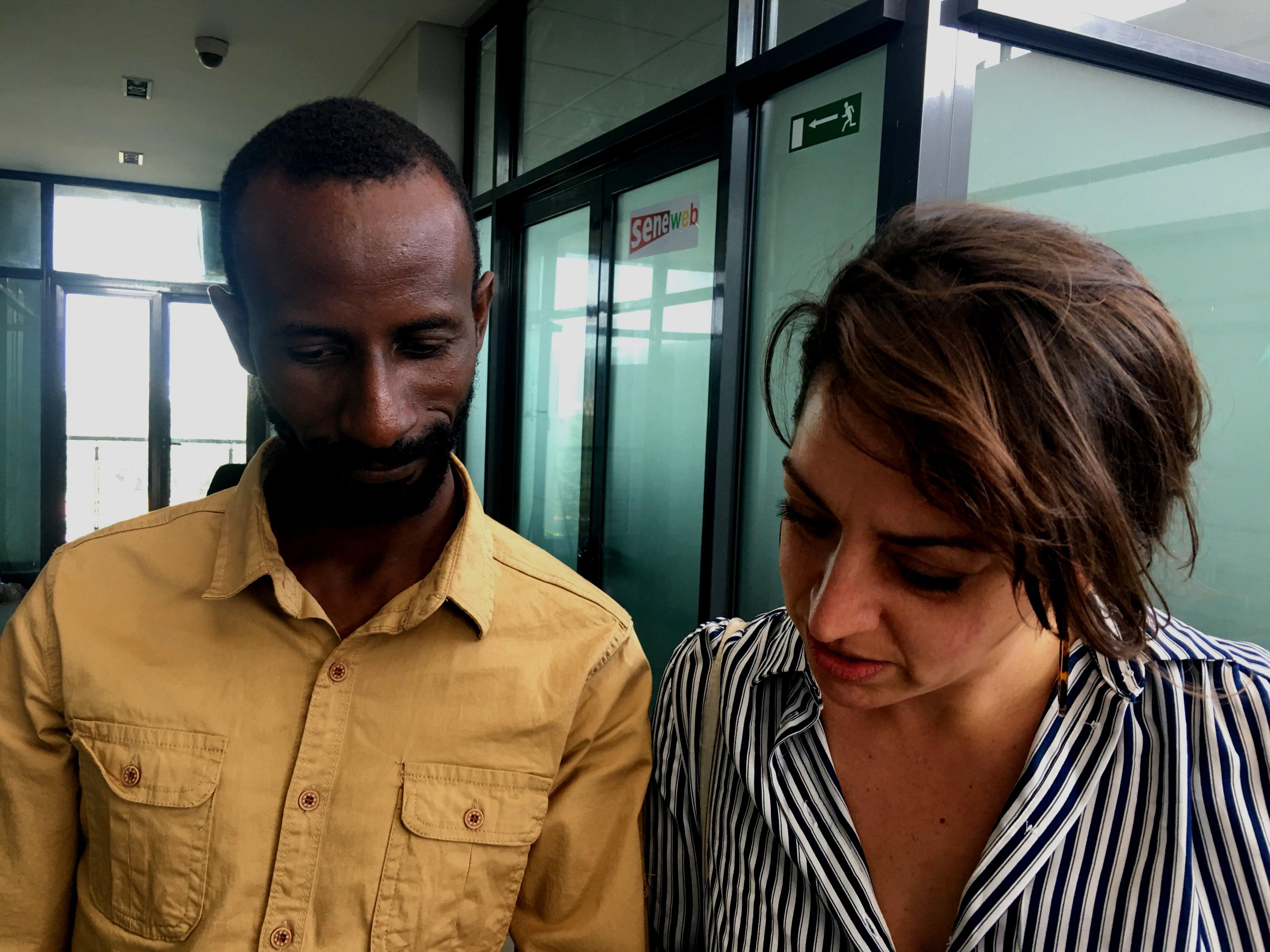 Mišel je posetila neke od sajtova koji su objavili priču, uključujući i senegalski koji ju je kasnije povukao