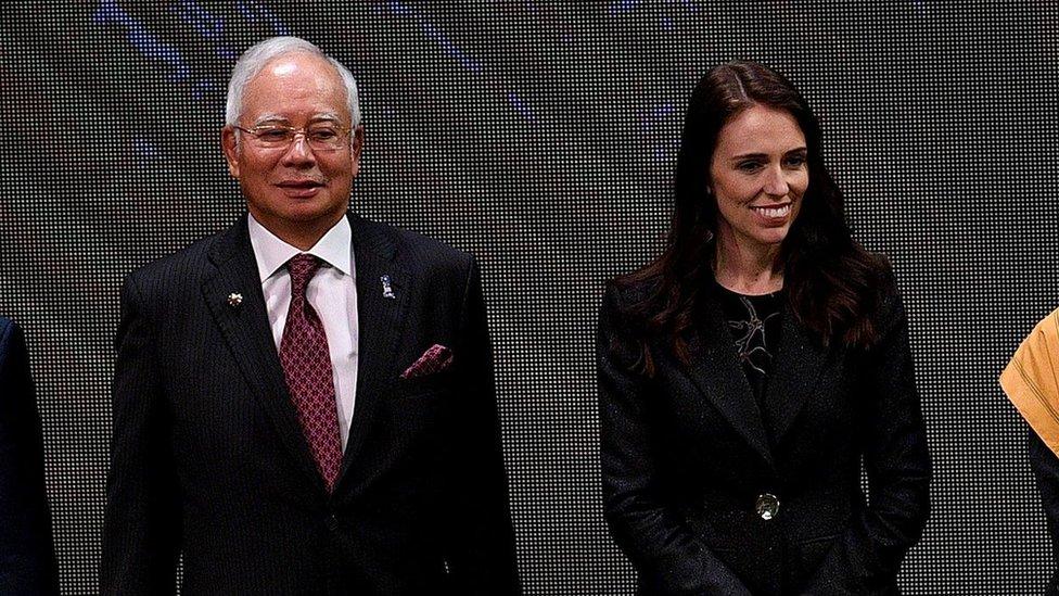 馬來西亞總理納吉布(左)與37歲的新西蘭總理阿德恩(右)