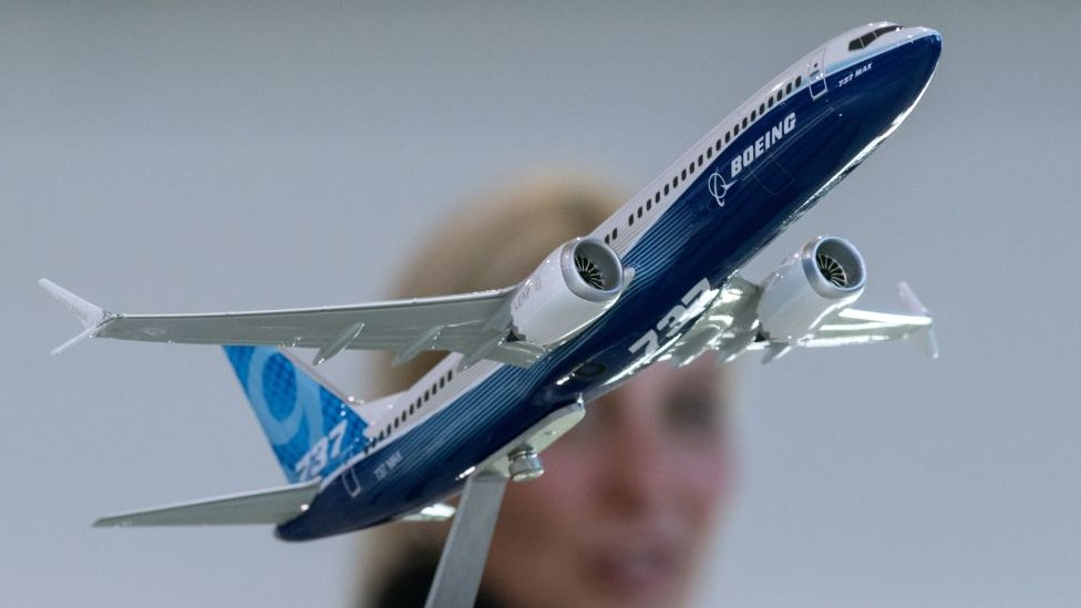 Maqueta del avión de pasajeros Boeing 737