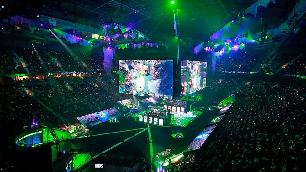 La final de la Internacional 2018 en Vancouver, donde los equipos compitieron en el juego Dota 2.