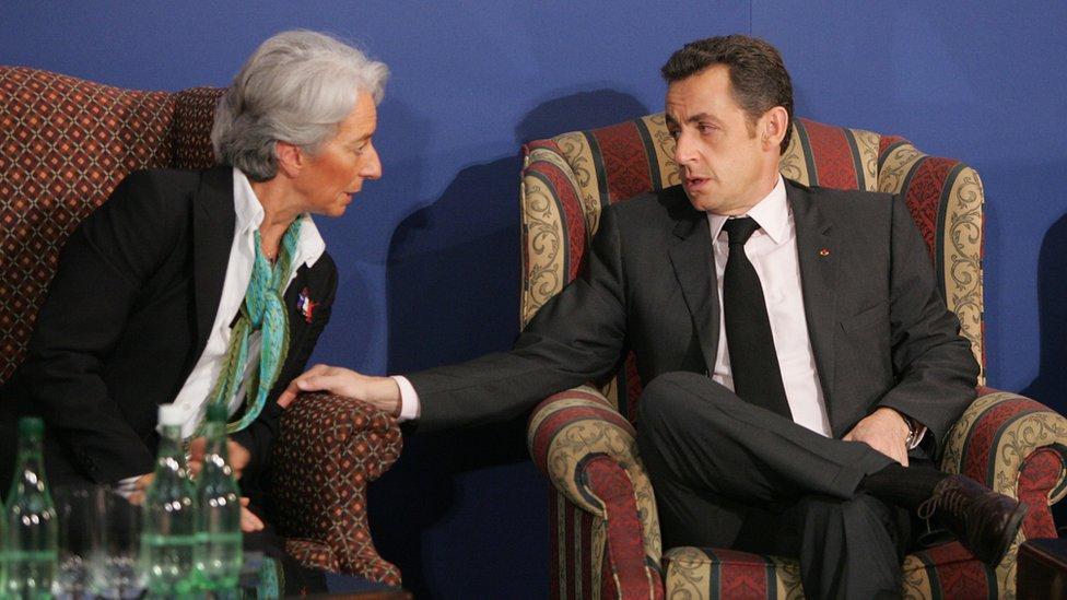 2007 yılında Fransa'nın cumhurbaşkanı seçilen Sarkozy döneminde Legarde finans ve maliye bakanı olarak görev yaptı