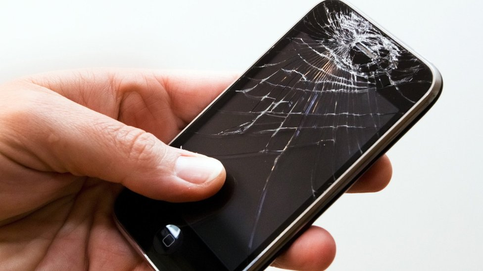 Apple Loses Money On Phone Repairs Bbc News