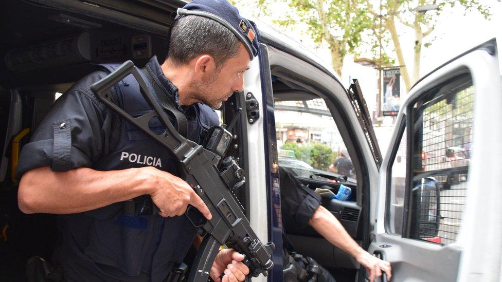 Armed policeman on the Ramblas, Barcelona, 20 August
