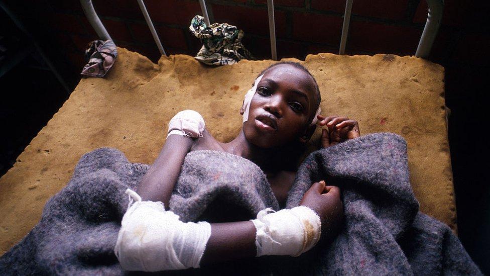 Sobreviviente del genocidio en Ruanda en 1994.