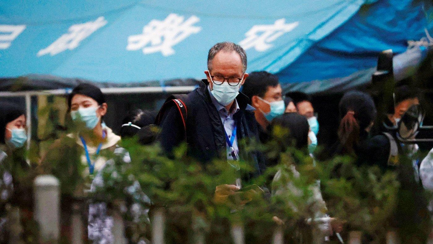 世衛組織溯源團隊成員離開湖北省中西醫結合醫院。