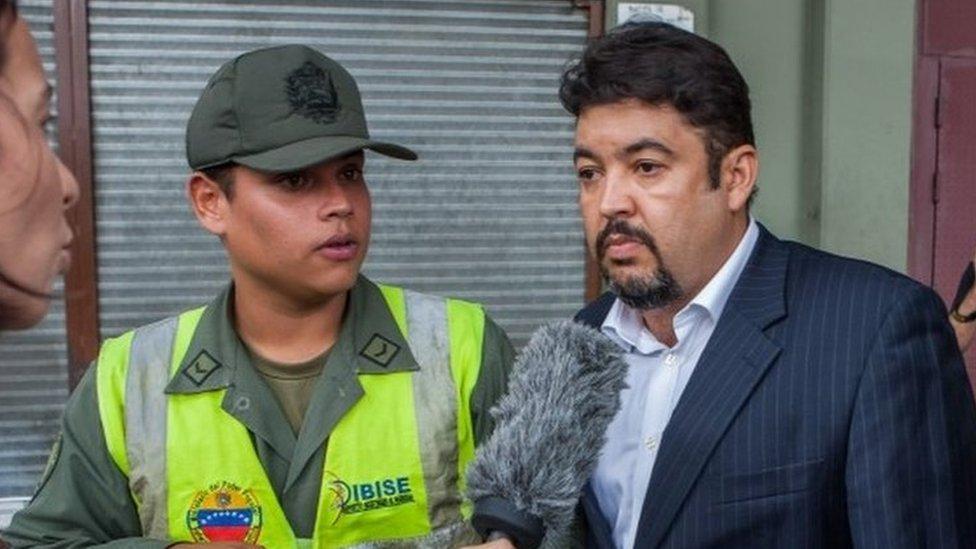 Venezuela's Maduro 'pardons' 110 political detainees thumbnail