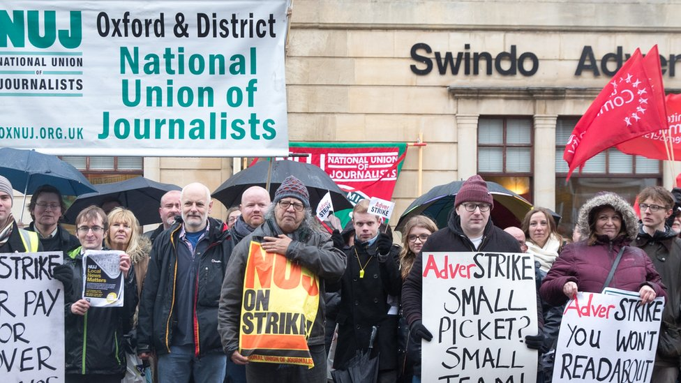 Members of the NUJ, the National Union of Journalists and their supporters strike outside the offices of the Swindon Advertiser in January 2018