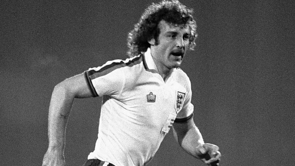 'The complete footballer' - tributes paid to Ipswich Town legend Beattie