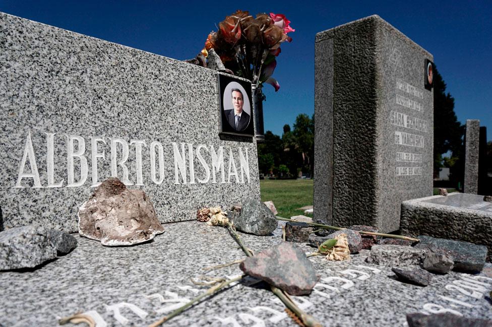 La tumba de Alberto Nisman