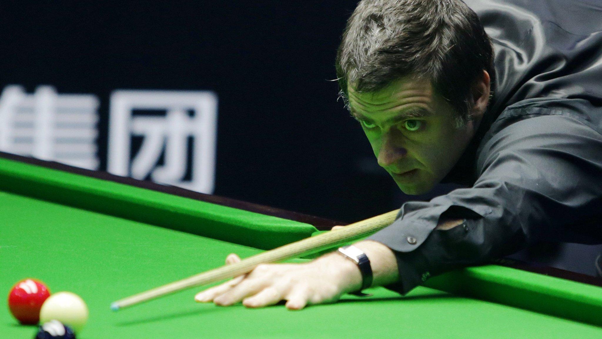 English Open: Ronnie O'Sullivan beats teenager Luo Honghao to make semi-final