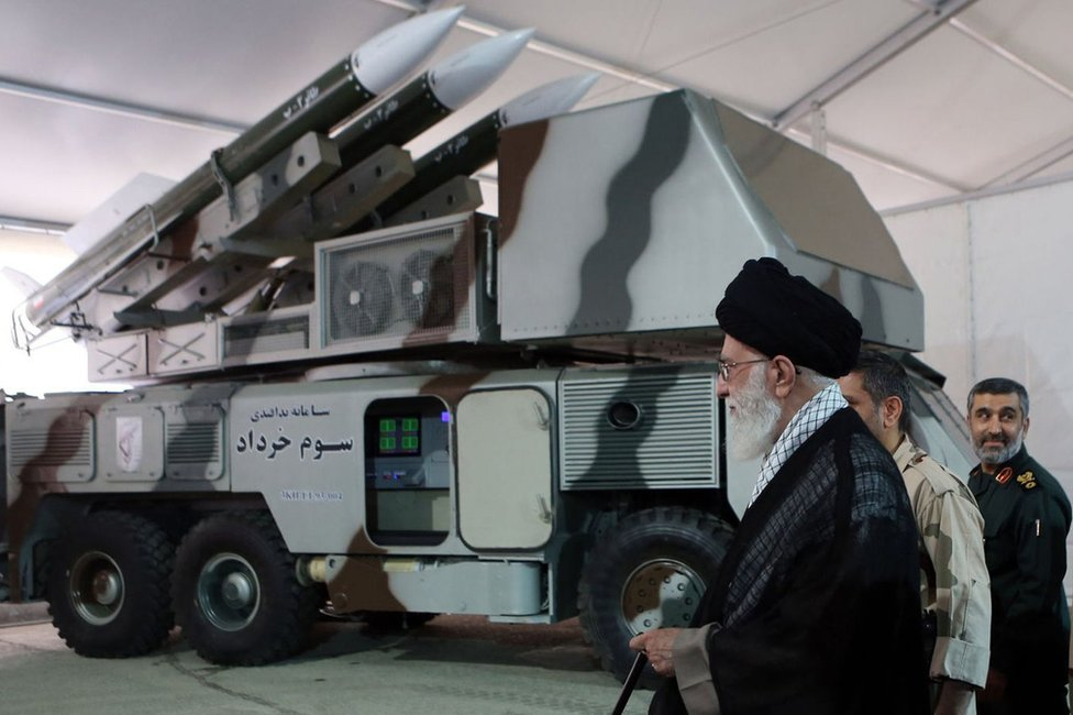 File photo showing Iranian Supreme Leader Ayatollah Ali Khamenei is shown a Khordad-3 air defence system (11 May 2014)