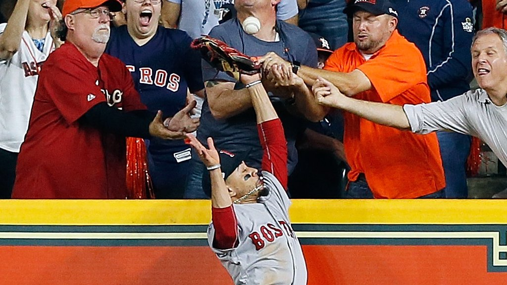 Fan's attempt to catch ball costs Astros as Red Sox move within one win of World Series