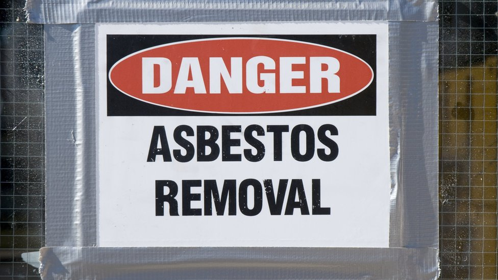 Hospital asbestos 'a ticking time bomb'