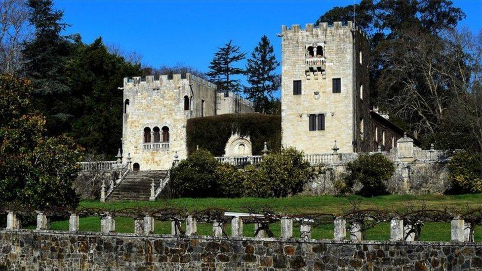 Yazlık Saray'ın mülkiyeti tartışması Franco'nun varislerinin binayı satışa çıkarmasıyla gündeme gelmişti