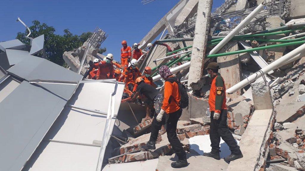 Potraga za preživelima u Paluu. Septembar 2018