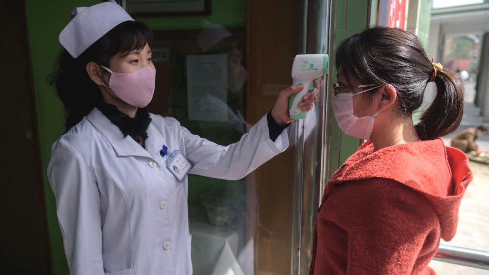 trabajadora en hospital