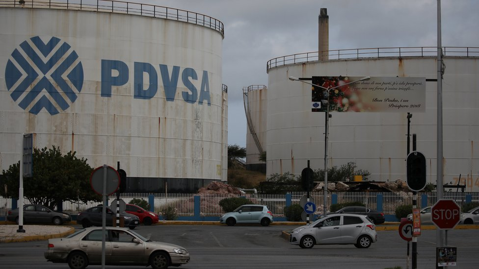 La producción de petróleo actual de Venezuela registra un mínimo en tres décadas.