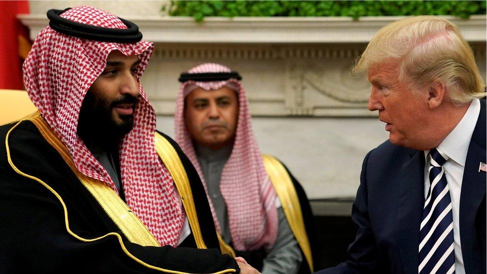 امتدح ترامب دور السعودية في تحقيق انخفاض بنسبة 30 في المئة في اسعار النفط خلال الشهرين الماضيين