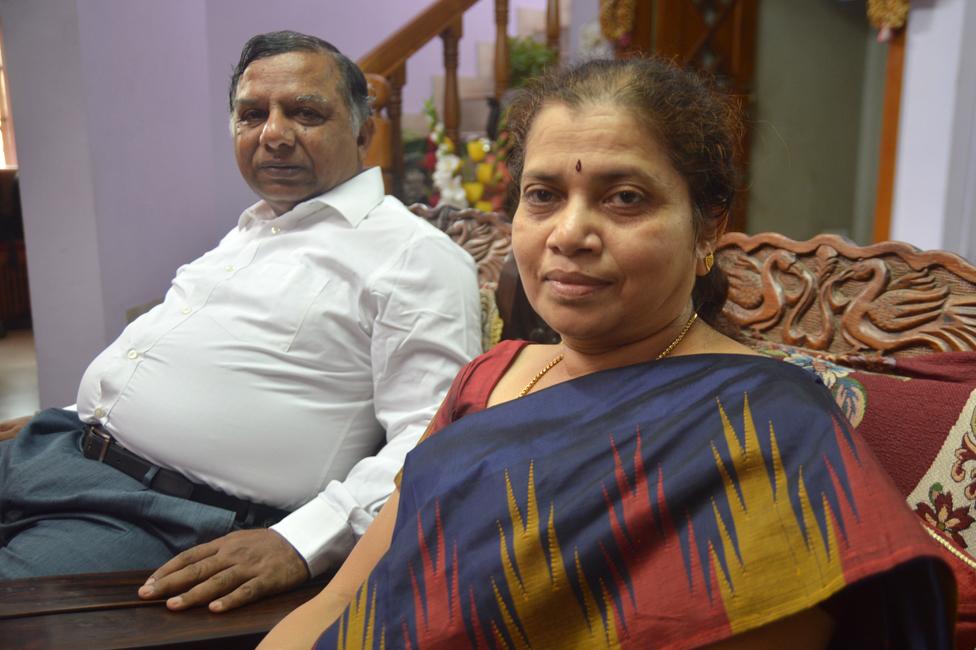 Dakshayani (right) with her husband, Dr Manjunath Basavalingappa