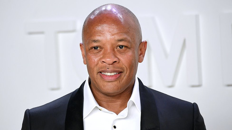 Dr Dre: Rap legend returns home after brain aneurysm thumbnail