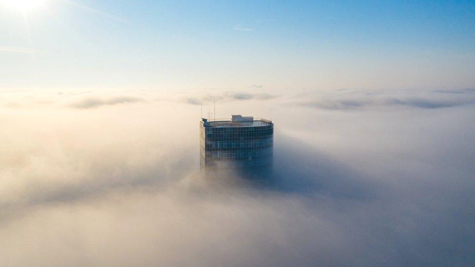 Небезпечного смогу над Україною немає, кажуть метеорологи. Що ж з повітрям?