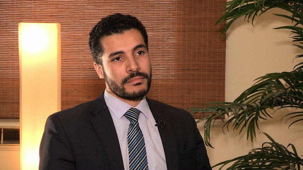المحامي محمود عباس