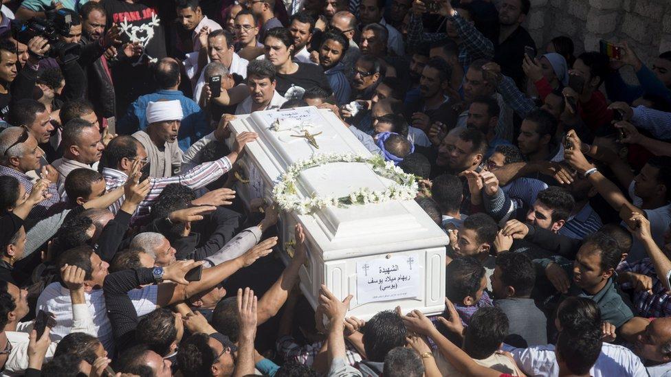 تشييع جثامين ضحايا هجوم دير الأنبا صموئيل