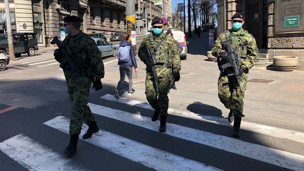 Vojnici na ulicama Beograda tokom vanrednog stanja