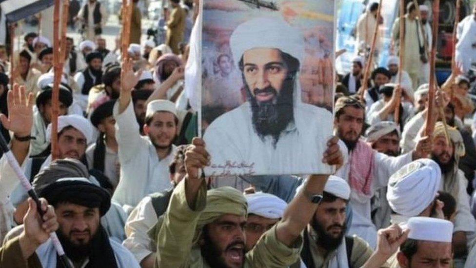 مظاهرات مناوئة للأمريكيين في باكستان عقب مصرع بن لادن عام 2011