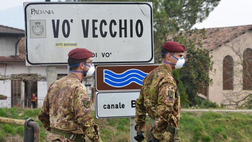 當意大利Vò村確認第一例新冠病例後,測試就推廣到整個村莊。