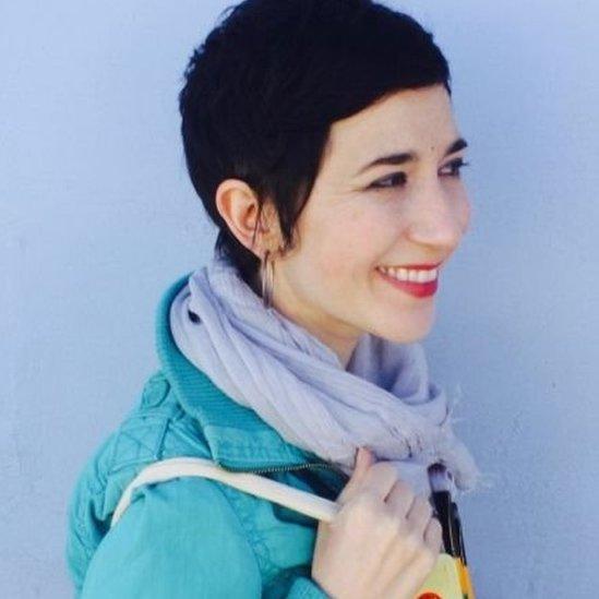 Juliet Menéndez, autora de Latinitas