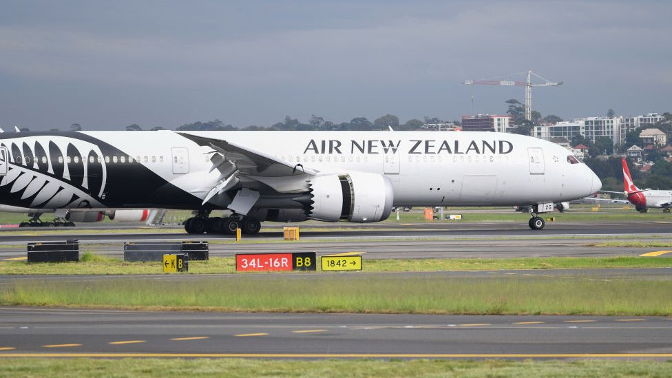 An Air New Zealand plane touching down at Sydney Airport in April 2020