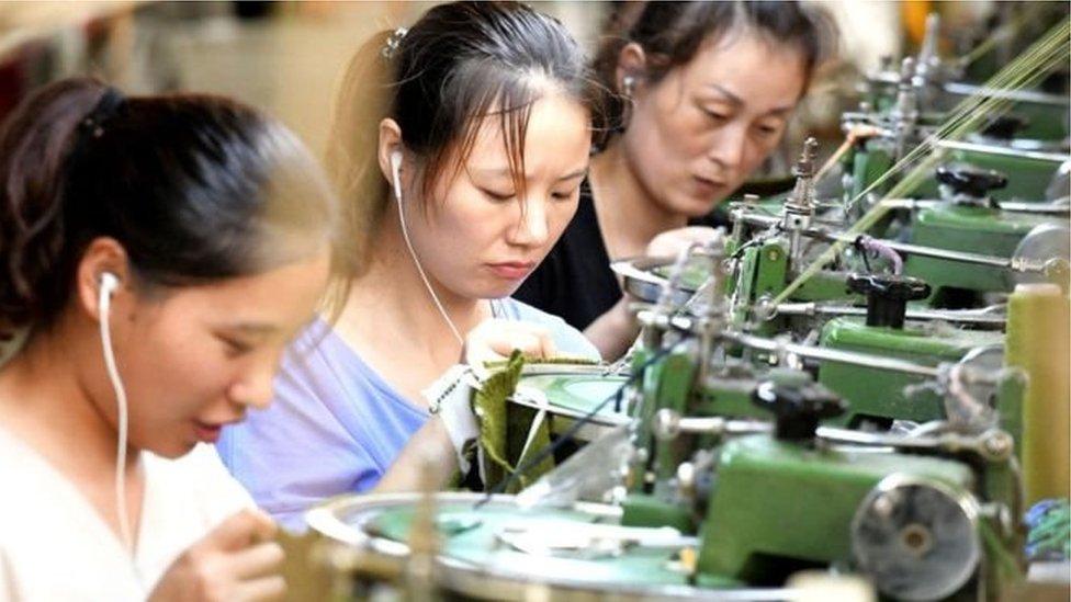 ट्रेड वॉर: अमरीका ने चीनी उत्पादों पर बढ़ाया आयात कर