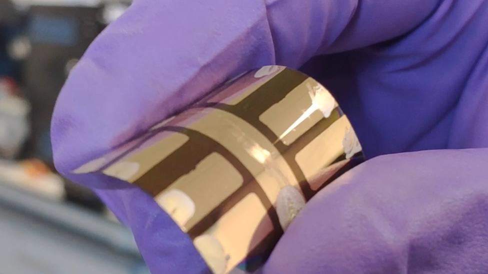 A flexible perovskite solar cell