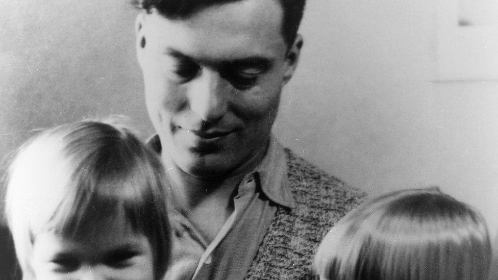 Claus von Stauffenberg with children