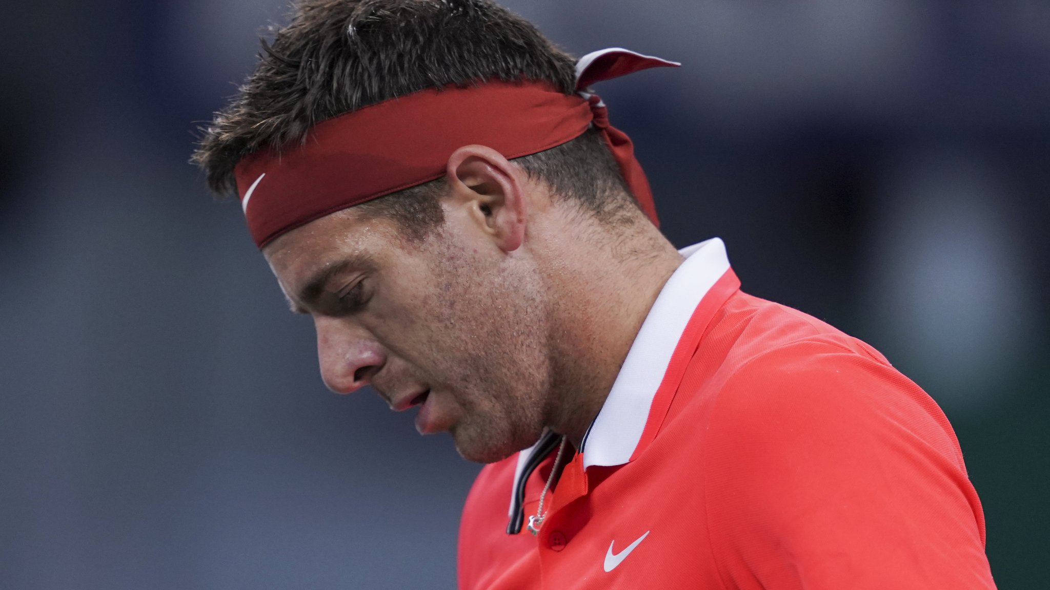 Del Potro could miss rest of season with fractured kneecap