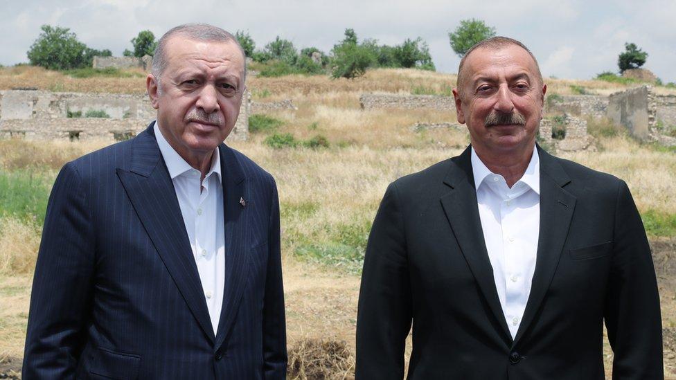 Президенты Эрдоган и Алиев в Шуше подписали декларацию о союзничестве