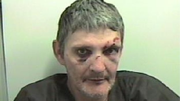 Drug addict who killed stranger in Clydebank street is jailed