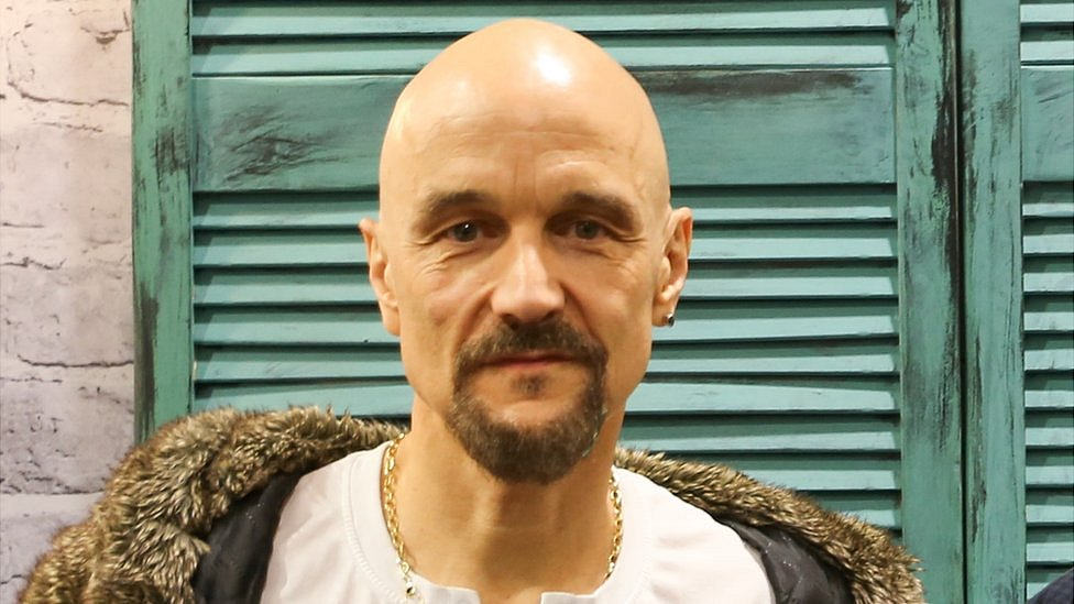 James star Tim Booth tears up about missing young son on tour