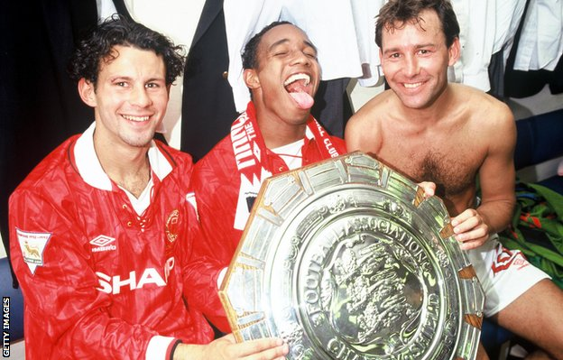 Giggs, Paul Ince and Bryan Robson celebrate after winning the 1993 Charity Shield at Wembley