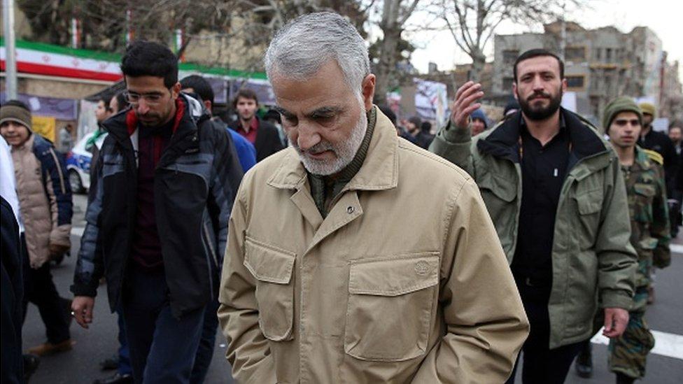 Kasım Süleymani, Tahran'da İran devriminin 37. yıl kutlamasında