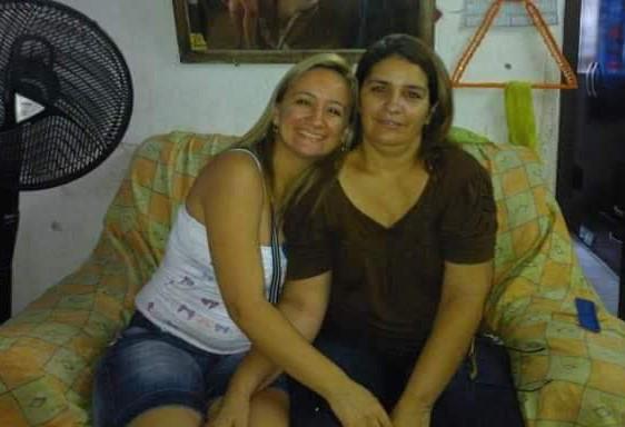 Idaliani e a mãe, Francisca