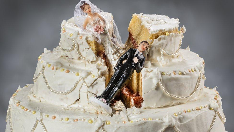 """В Британії хочуть відмовитися від """"архаїчних"""" правил розлучення"""