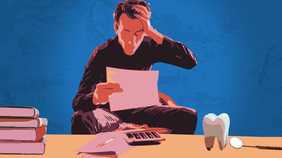Ilustración de un estudiante a dentista.