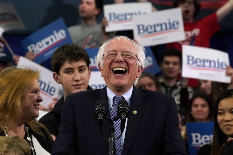 Sanders, New Hampshire ön seçiminde birinci oldu: