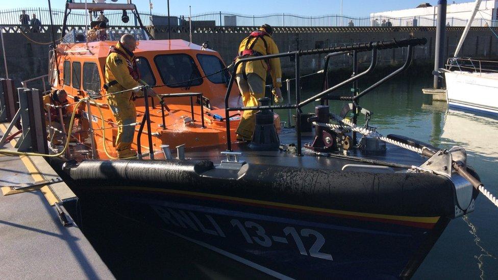 Lowestoft missing swimmer: Police find body on Suffolk coast