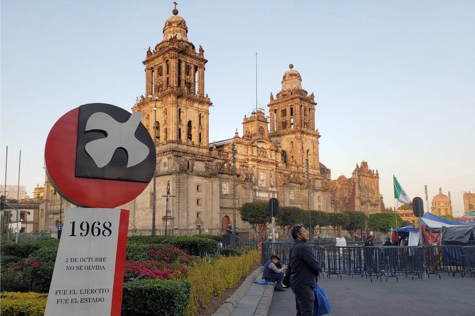 Antimonumento a la masacre de Tlatelolco.