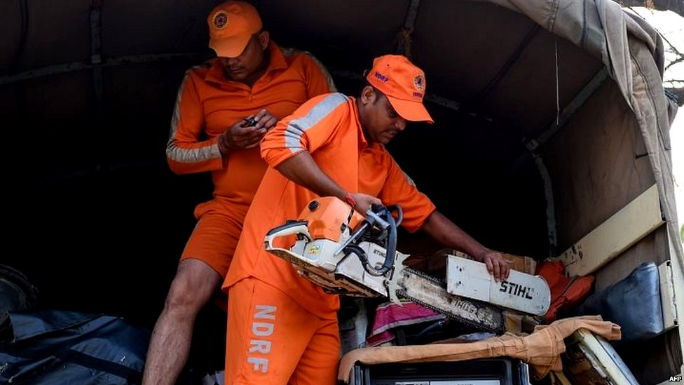 'वायु' से निबटने की तैयारी में एनडीआरएफ़ की टीम