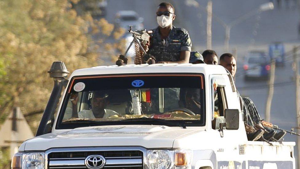 Tropas etíopes en la capital de Tigray, Mekelle.